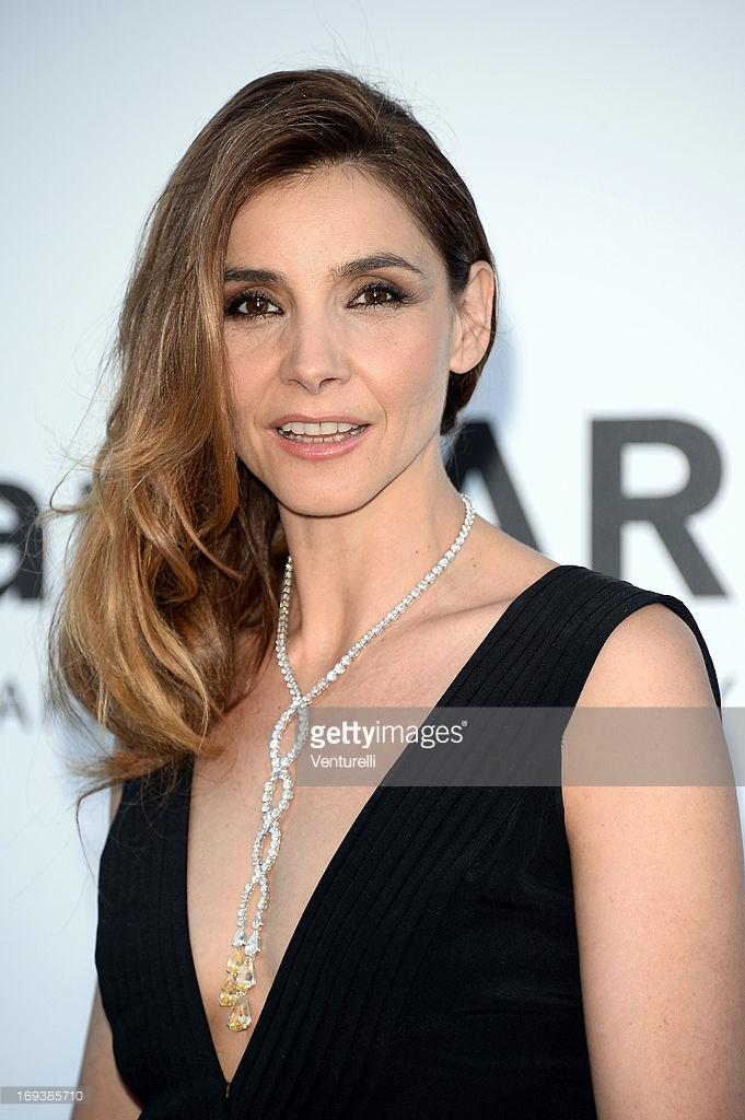 23.05.2013 - Cannes 66 - amfAR - Clotilde Courau - Makeup hair Massimo Serini