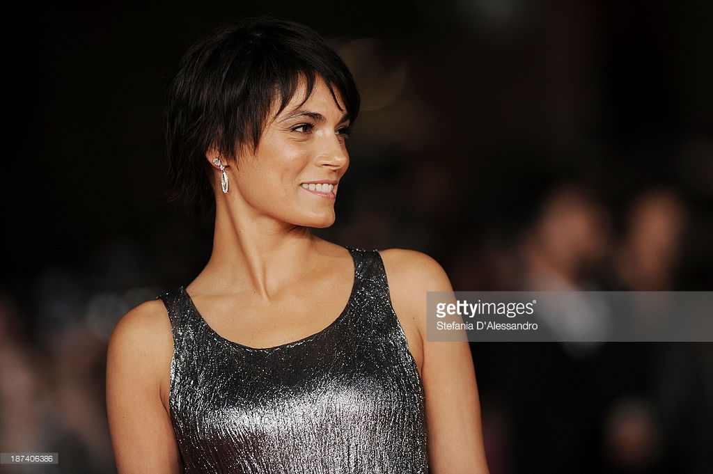 08.11.2013 - 8th Festival Cinema Roma - Opening Ceremony - Valeria Solarino - Makeup hair Massimo Serini