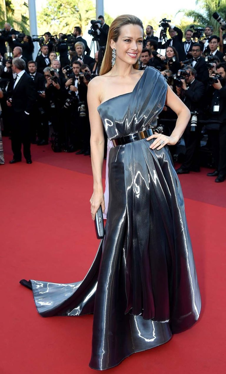 2016.05.17 - Cannes 69 - Julieta Premiere - Petra Nemcova - Makeup hair Massimo Serini