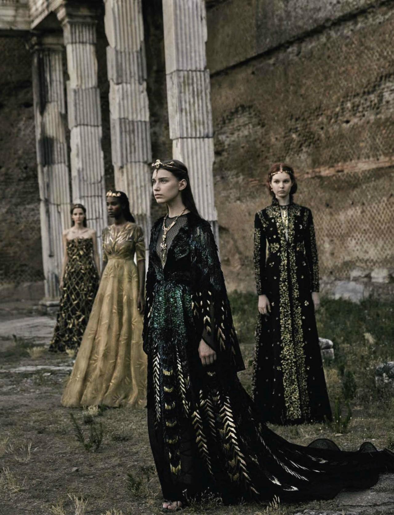 Valentino Haute Couture, photo by Fabrizio Ferri