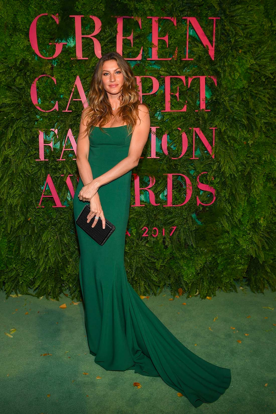 Green Carpet Fashion Awards Milano 2017 - Gisele Bundchen - Hair & Makeup Massimo Serini