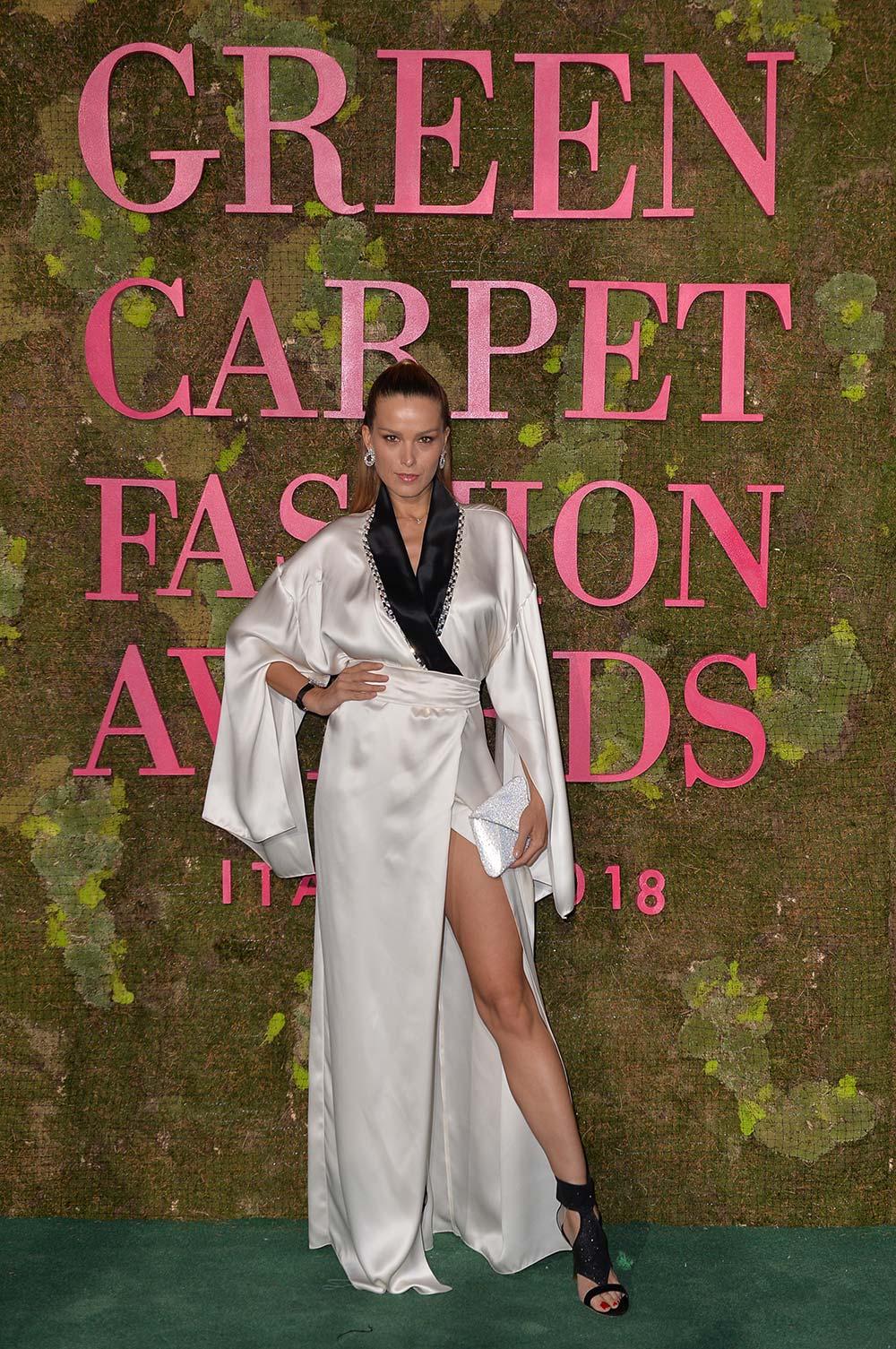 Green Carpet Fashion Awards 2018 - Petra Nemcova - Hair & Makeup Massimo Serini Team