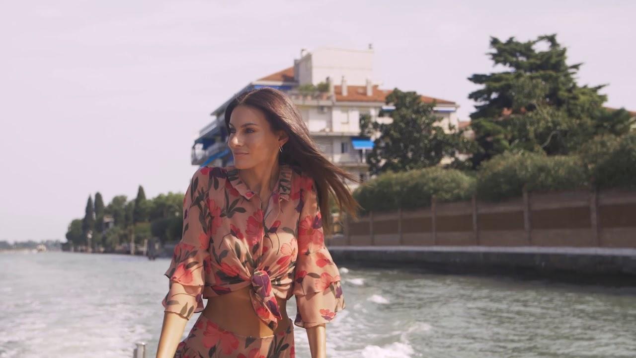 Venezia 2018 - Paola Turani - Arrivo all'Hotel Excelsior