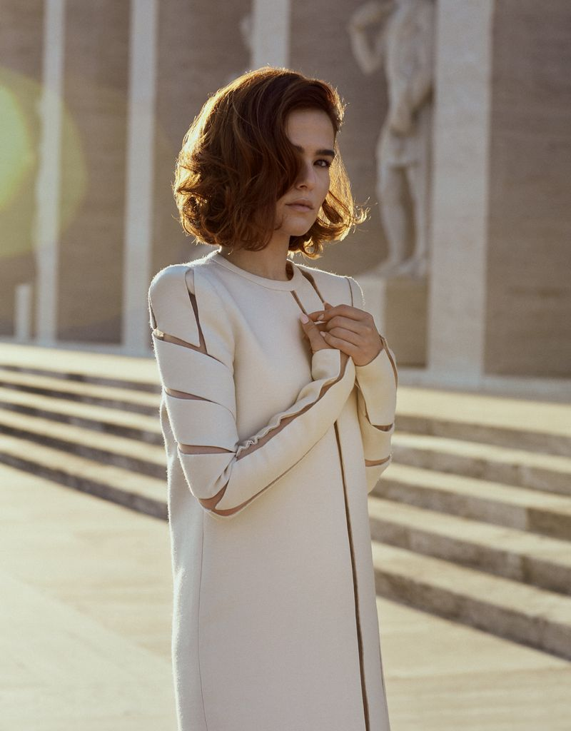 L'Officiel USA - Zoey Deutch - Photo by Roberto Patella - Style by Leonardo Caligiuri - Hair by Massimo Serini